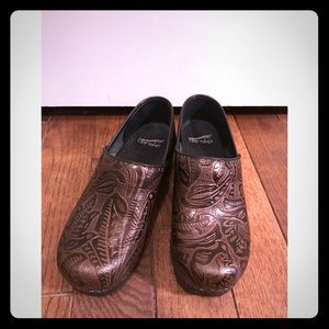 Dansko Women's Professional Tooled Clog